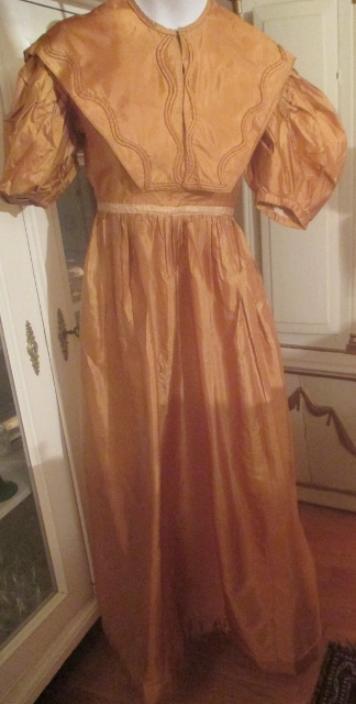 xxM988M Great regency 1820s silk  dress with upper part price: 1000USD
