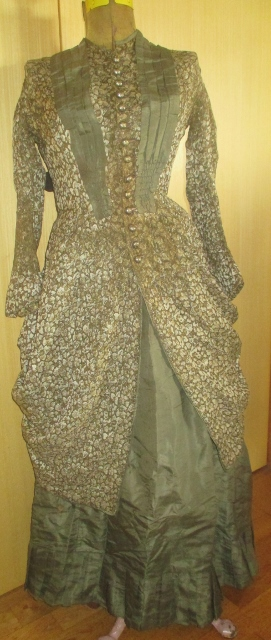 XXM999M 1880s everyday winther gown