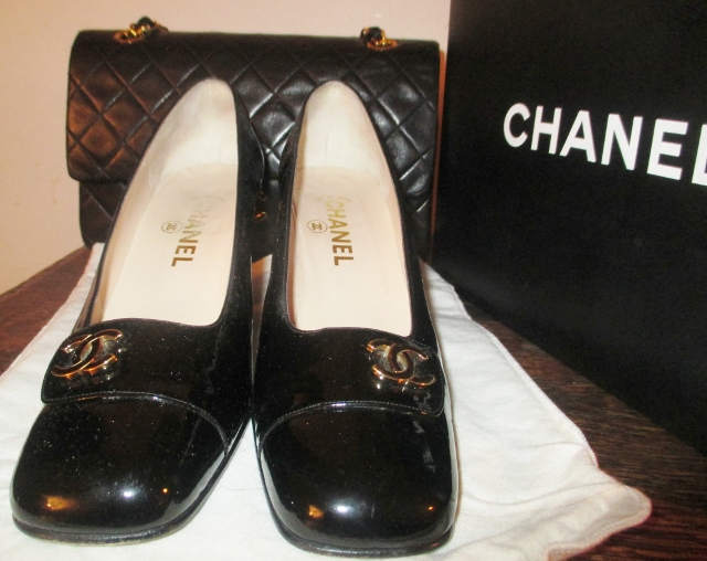 xxM1081M Auth Chanel Vintage pumps