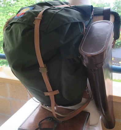 xxM1158M Gentleman sports bags, Bergans rucksack and rifle Cases x