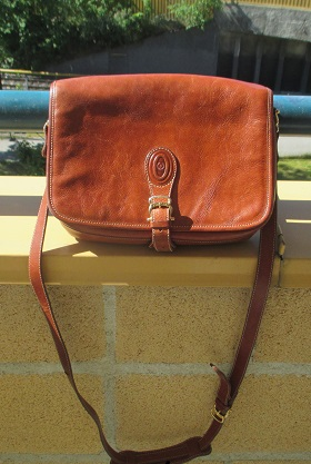 xxM1154M Gently Pre-Owned Womans Pollini Brown Leather Front Flap Shoulder Bag x