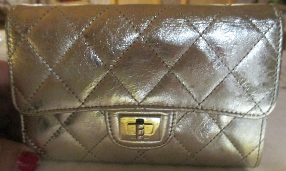 xxM1173M Auth CHANEL CC Logos Quilted Bifold Wallet Purse Leather Silver Vintage x