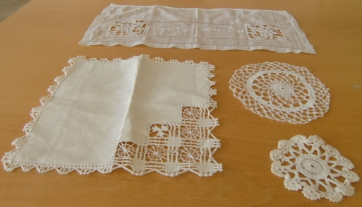 Captivating M755MSmall Decorative Tablecloths Crocheted And Embroidered