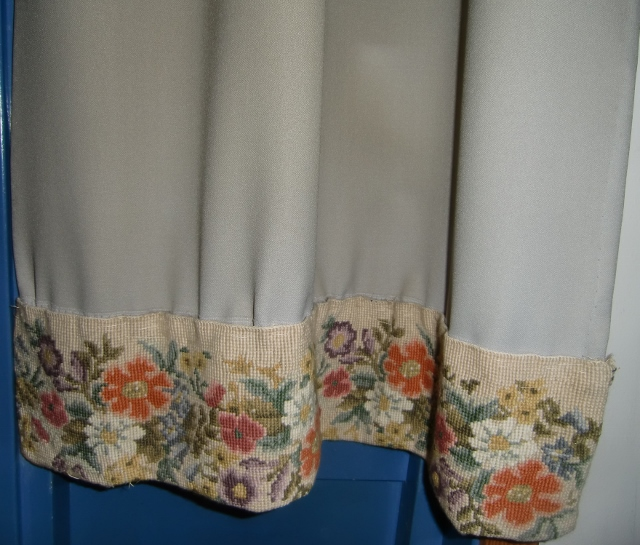 M888M Curtain with hand layer petit point edge