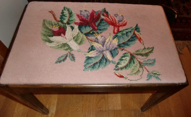 M 893M Beautifully embroidered upholstery