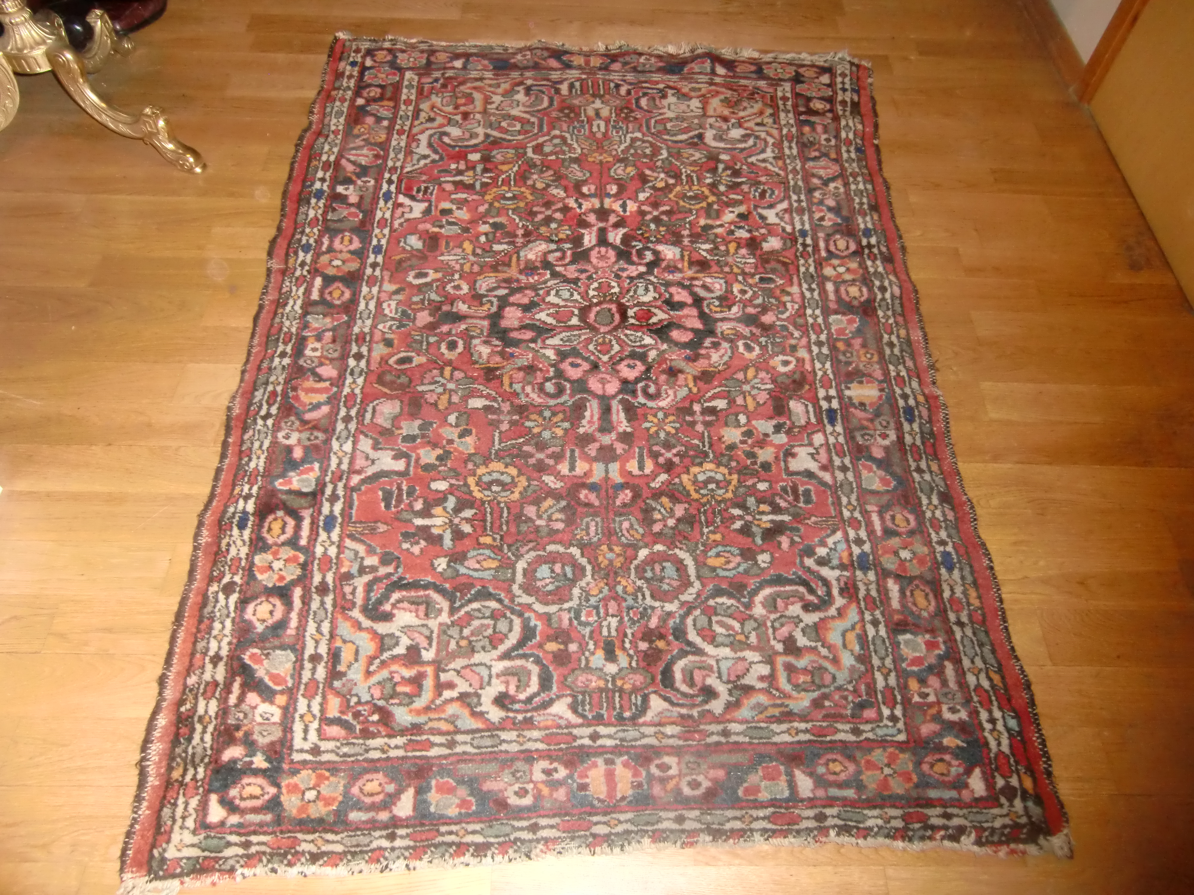 M902M Nr 8 Hand- knotted Persian Rug