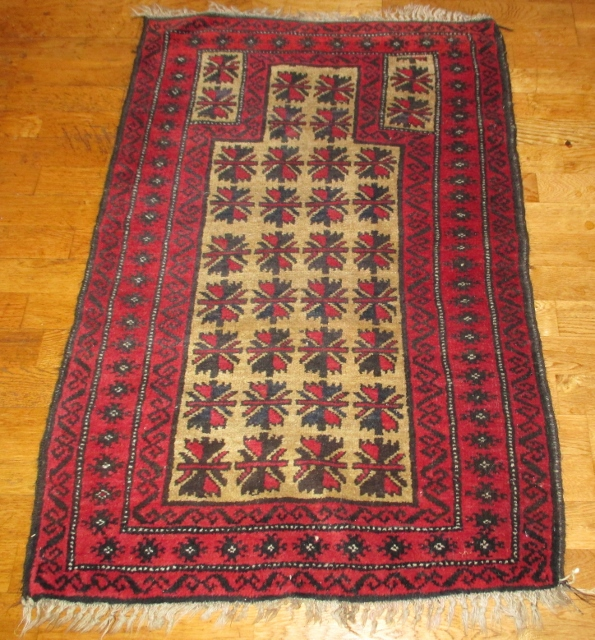 M929M Nr 14 Hand knotted Persian Carpet