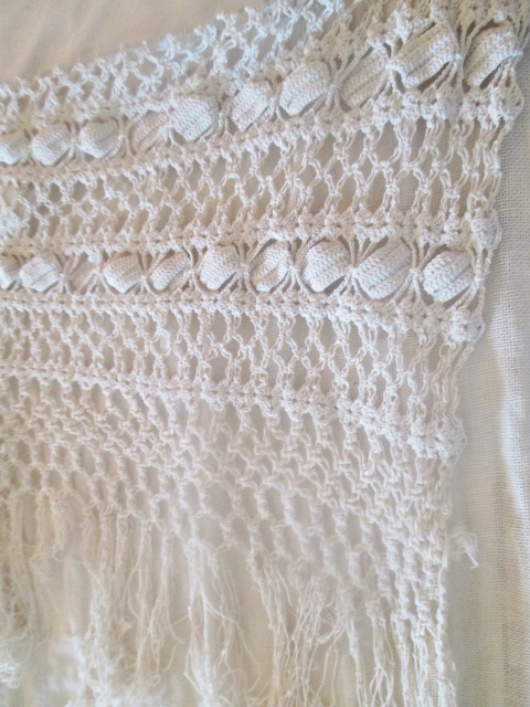 xxM1045M Hand crocheted curtains from the 1920s