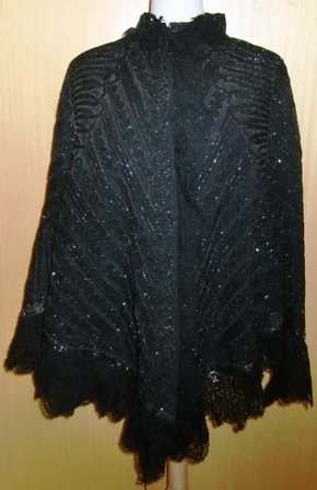 xxM397M Great Emile Pingat Cape from 1880s