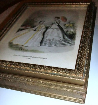 M408M Antique ladies dresser box ca 1851