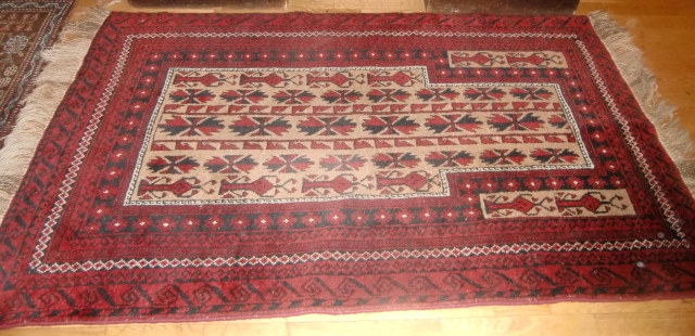 M891M Nr2 Hand-knotted Persian Rug