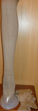 xxM265M 1920s Wool Stockings