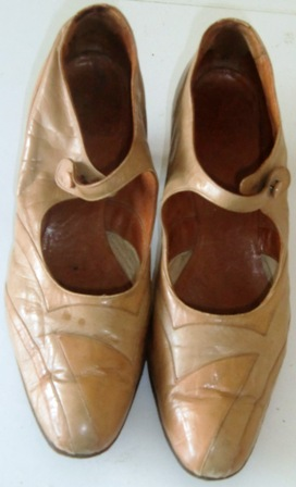 M15M 1890s two tone leather shoes